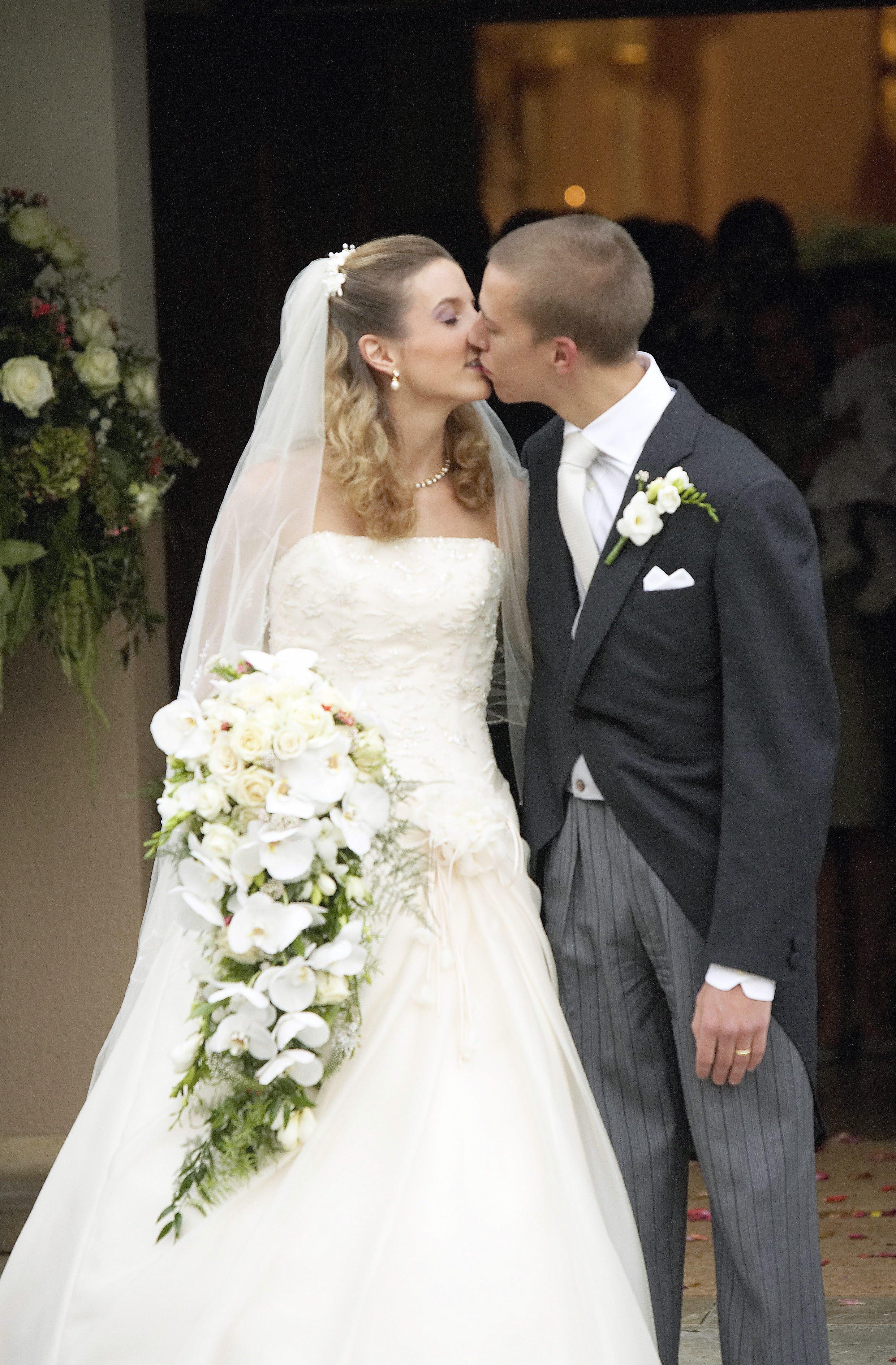 Hochzeit England 2019  Königliche Hochzeiten Der erste Kuss als Royal S 10