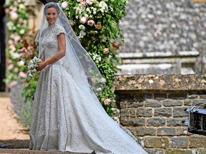 Hochzeit England 2019  Hochzeit england brautkleid