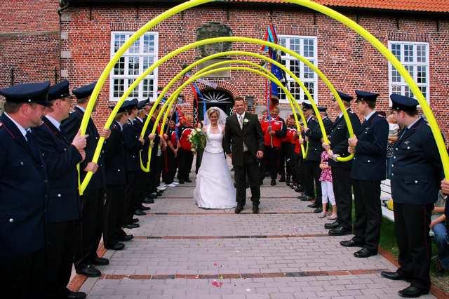 Hochzeit Feuerwehr  Hochzeiten Spezial – Freiwillige Feuerwehr Reitland
