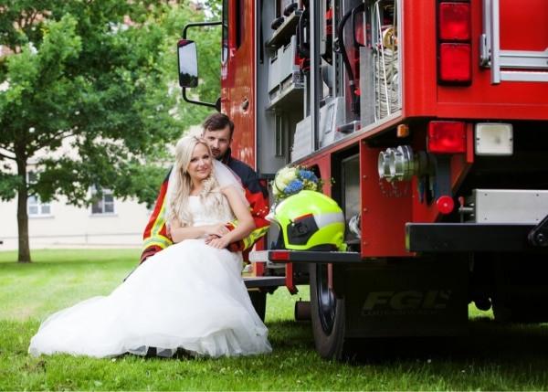 Hochzeit Feuerwehr  Feuerwehr Hochzeit