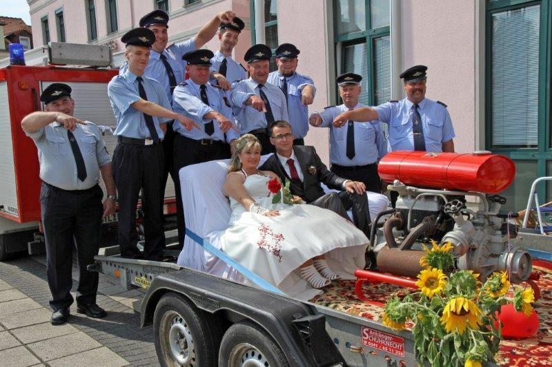 Hochzeit Feuerwehr  Großsteinberger Feuerwehr Hochzeit