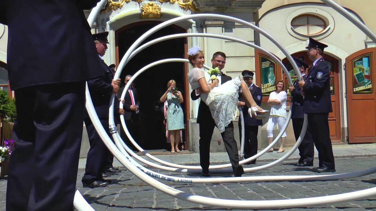 Hochzeit Feuerwehr  Heiße Feuerwehr Hochzeit in Löbau