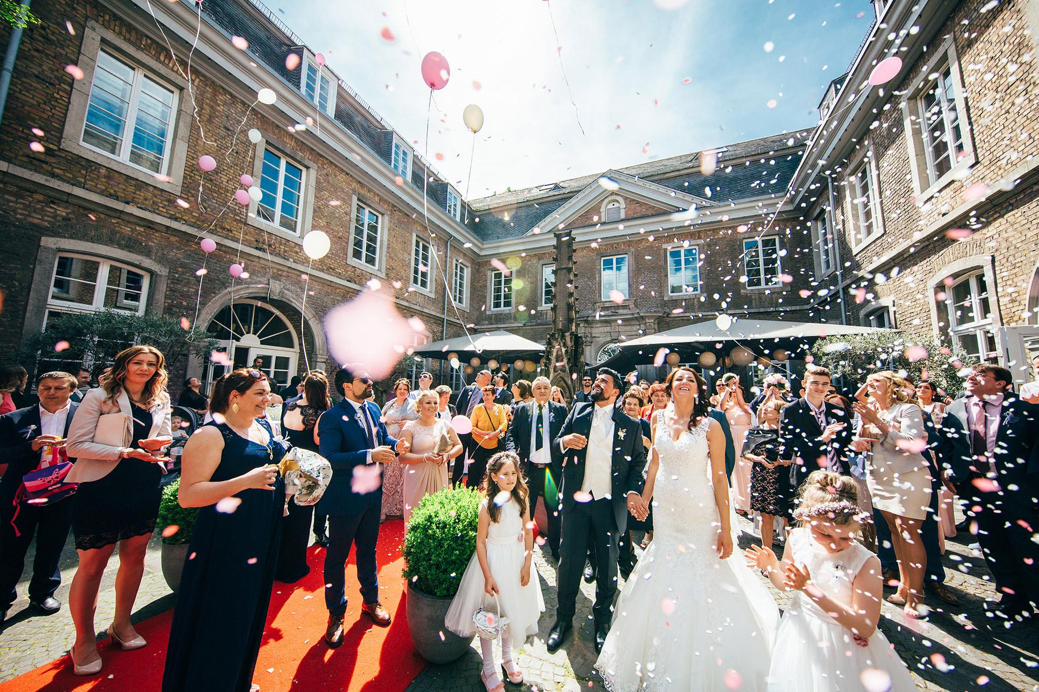 Hochzeit Köln  Hochzeitsfeier in der Kölner Flora & Trauung in der Wolkenburg
