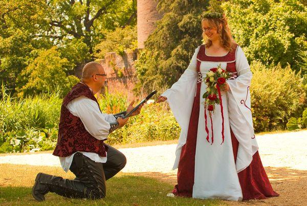 Hochzeit Mittelalter  Home [ ]