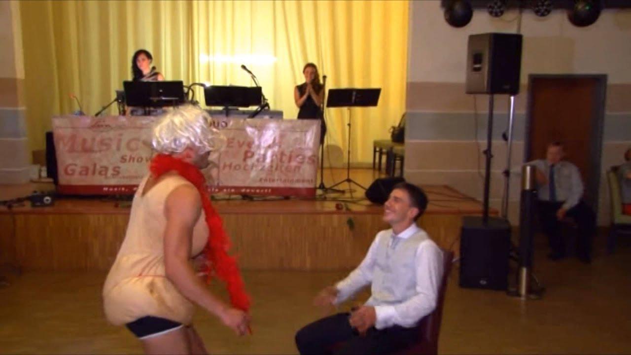 Hochzeit Spiele Lustig  Hochzeitspiel lustige Spiele für Hochzeit mit Moderator