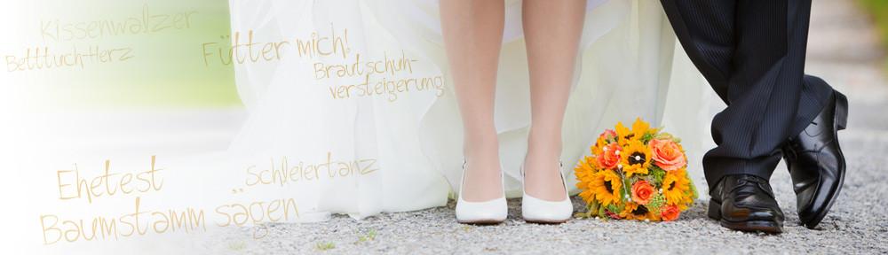 Hochzeit Spiele Lustig  Hochzeitsspiele besonderer Natur Der Schirmtanz