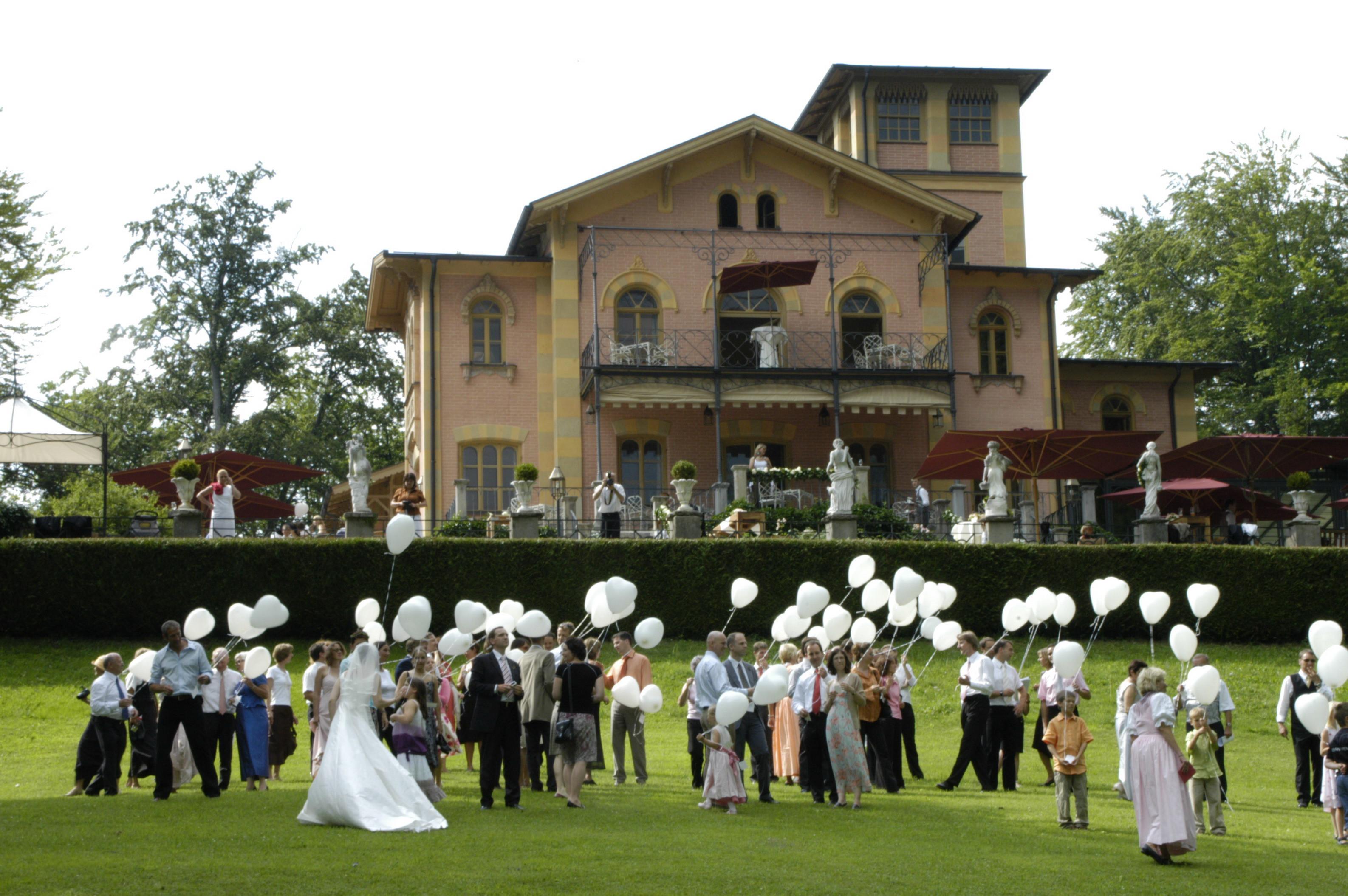 Hochzeit Starnberger See  LA VILLA am Starnberger See Hochzeit fiylo