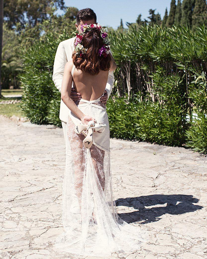 Hochzeit Vanessa Mai  Hochzeit von Vanessa Mai in einem rückenfreien Brautkleid