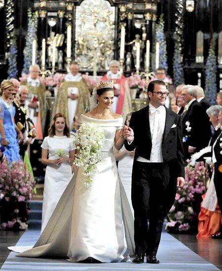 Hochzeit Von Schweden  Brautmode Royale Hochzeitskleider