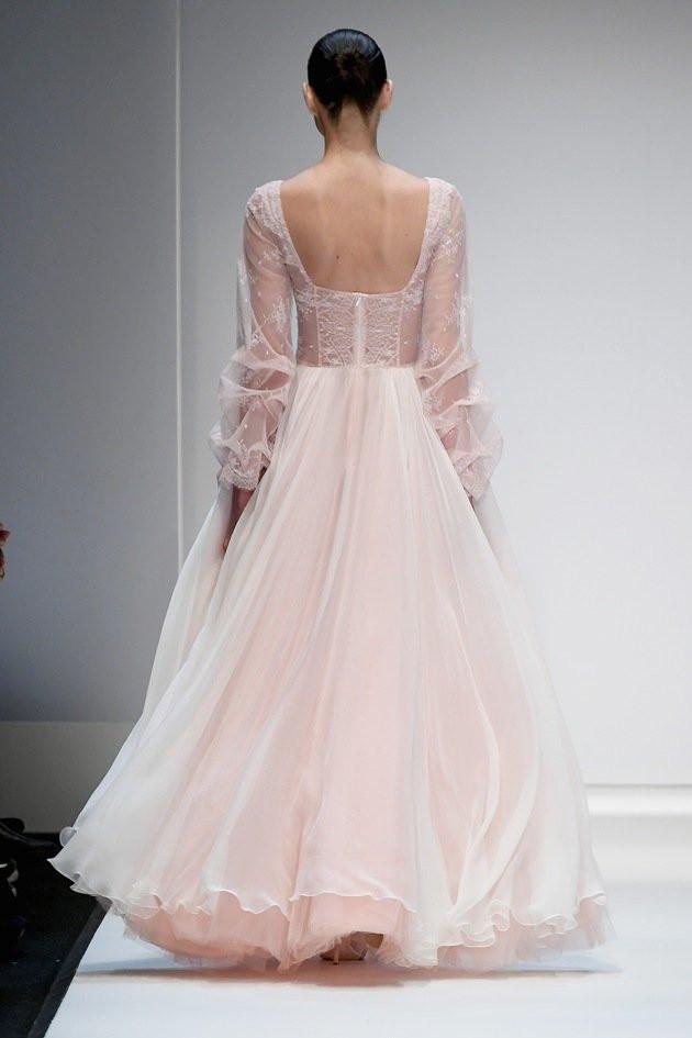 Hochzeitskleid 2019  Hochzeitskleid von Ewa Herzog Kollektion Herbst Winter