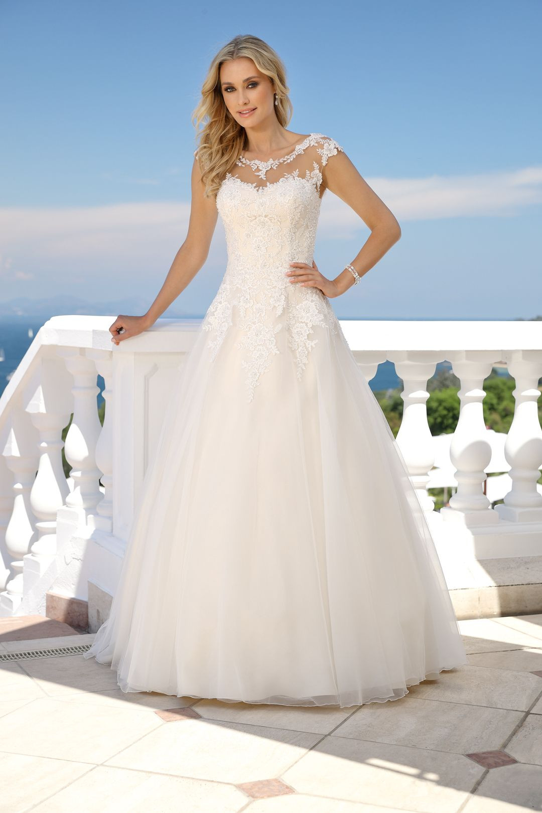 Hochzeitskleid 2019  Ladybird 2019 Brautkleid