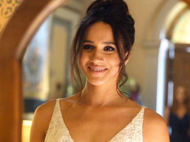 Hochzeitskleid Meghan Markle  Meghan Markle Welcher Designer entwirft ihr