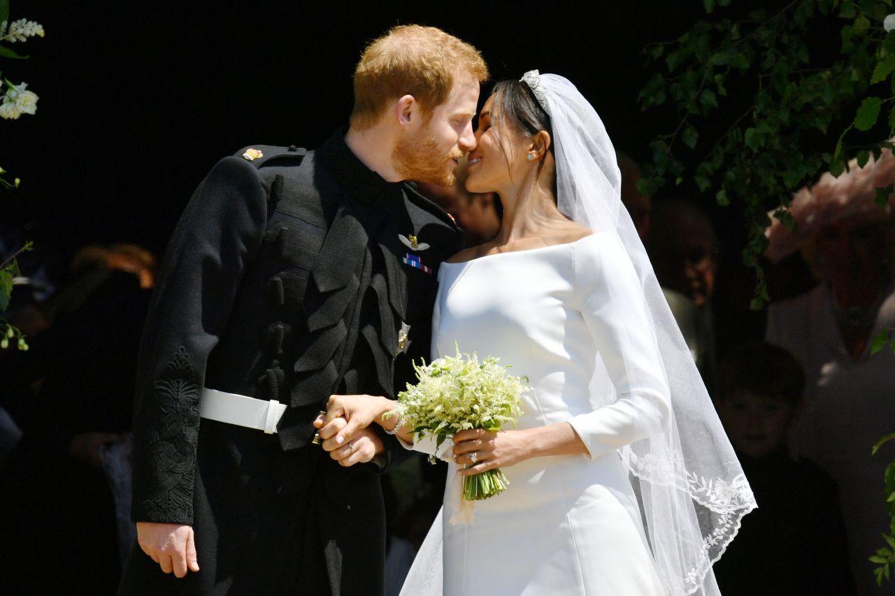 Hochzeitskleid Meghan Markle  Meghan Markle Alles zu ihrem Hochzeitskleid