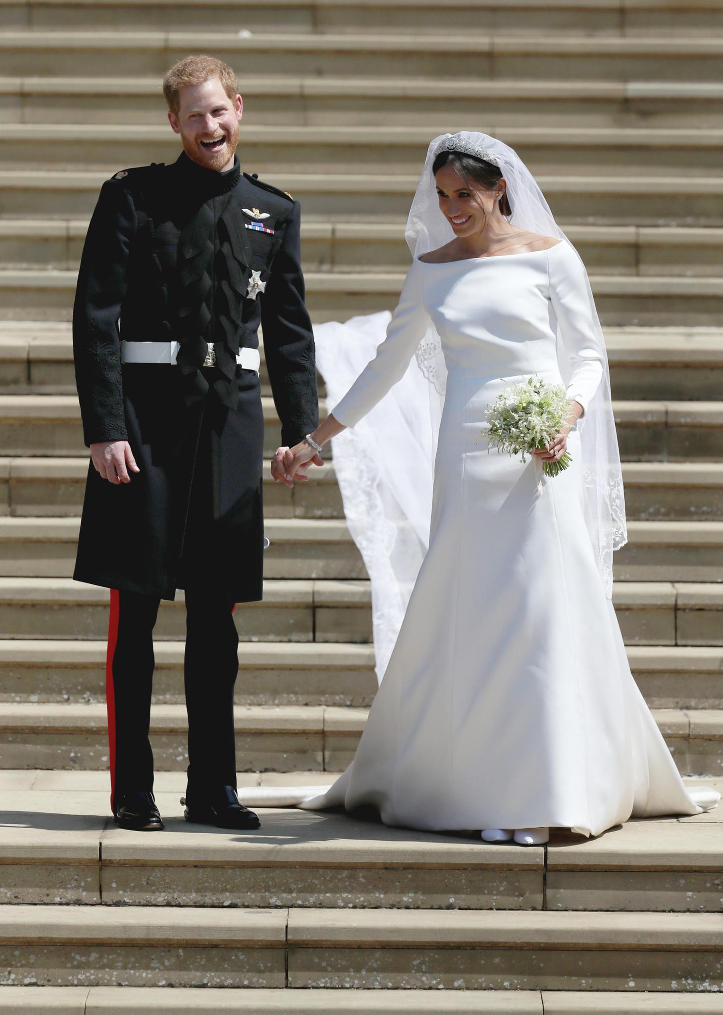 Hochzeitskleid Meghan Markle  Meghan Markle Wow Das ist der Preis für ihr