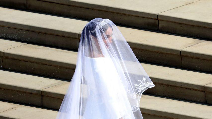 Hochzeitskleid Meghan Markle  Erste Fotos So traumhaft ist Meghan Markles Brautkleid