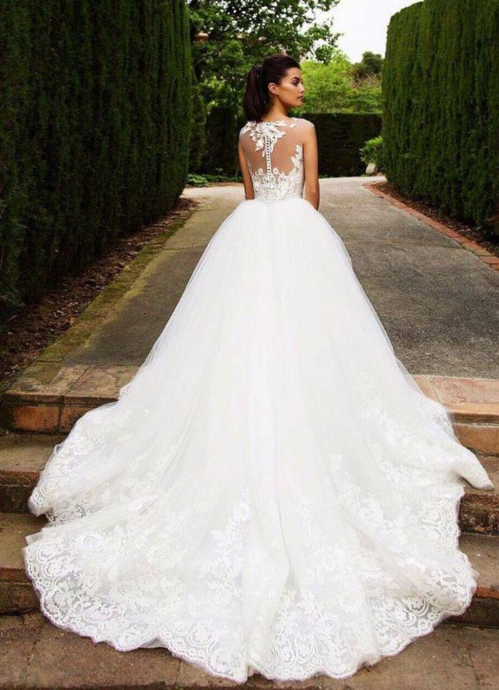Hochzeitskleid Prinzessin Glitzer  Die besten 25 Hochzeitskleid lange schleppe Ideen auf