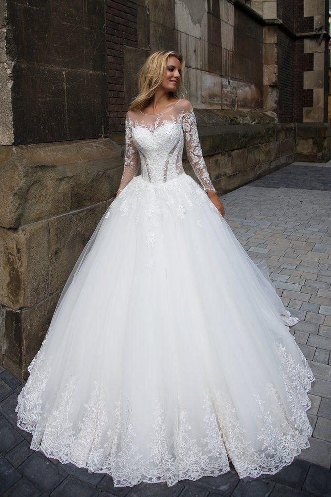 Hochzeitskleid Stuttgart  Brautkleider Galerie IV