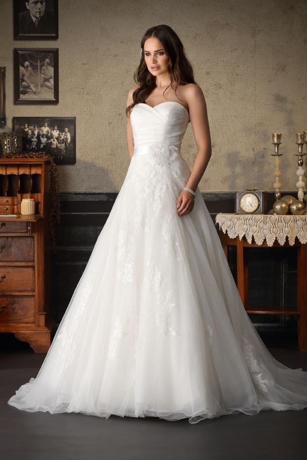 Hochzeitskleid Stuttgart  Brinkman Hochzeitskleid Hochzeitskleider Brautkleid