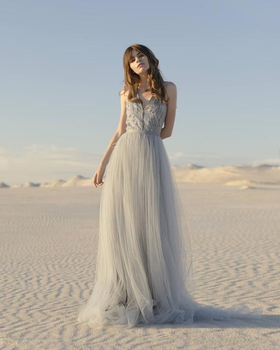 Hochzeitskleid Tüll  Blau und grau Hochzeitskleid Tüll Brautkleid