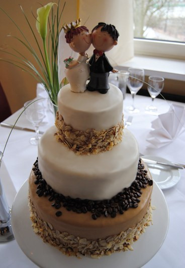 Hochzeitstorte Bestellen  Vegane Hochzeitstorte Hochzeitstorte bestellen gofeminin