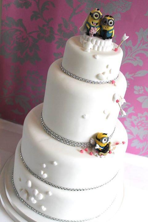 Hochzeitstorte Bestellen  Minions Hochzeitstorte kuchen und torten in 2019