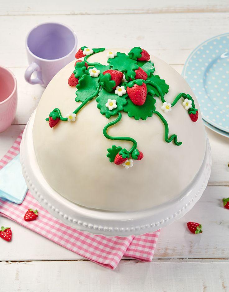 Hochzeitstorte Füllung Rezepte  Kuppeltorte mit Erdbeersahne Rezept