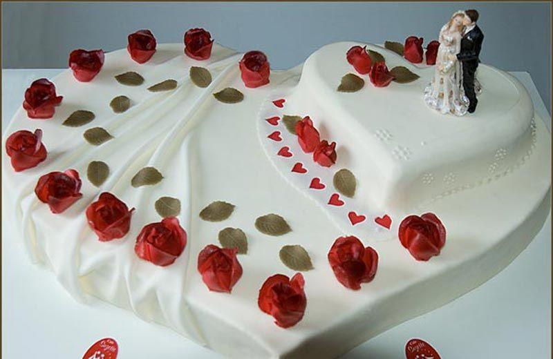 Hochzeitstorte Herz  Die besten 25 Hochzeitstorte herz Ideen auf Pinterest