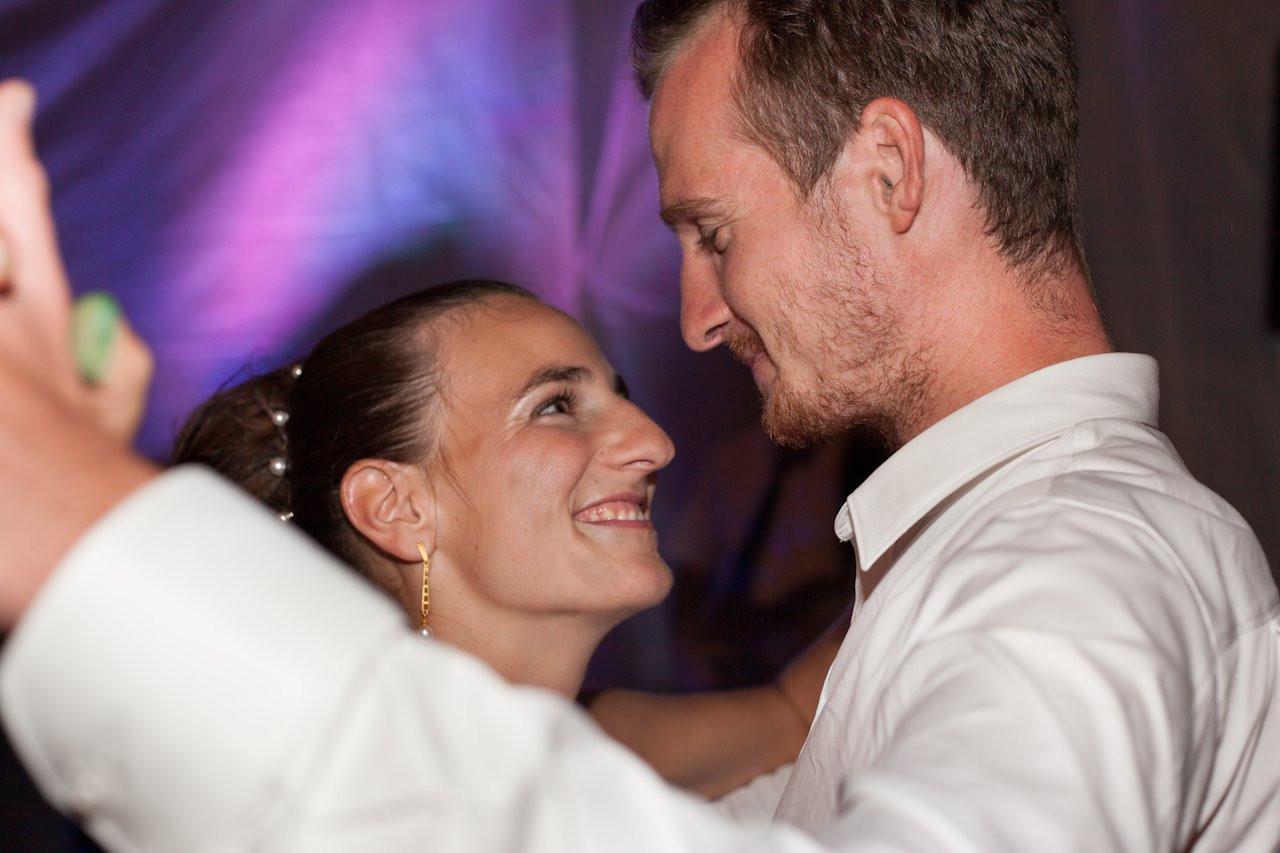 Hochzeitstorte Karlsruhe  Hochzeit in Karlsruhe Bonifatiuskirche Christine & Alex