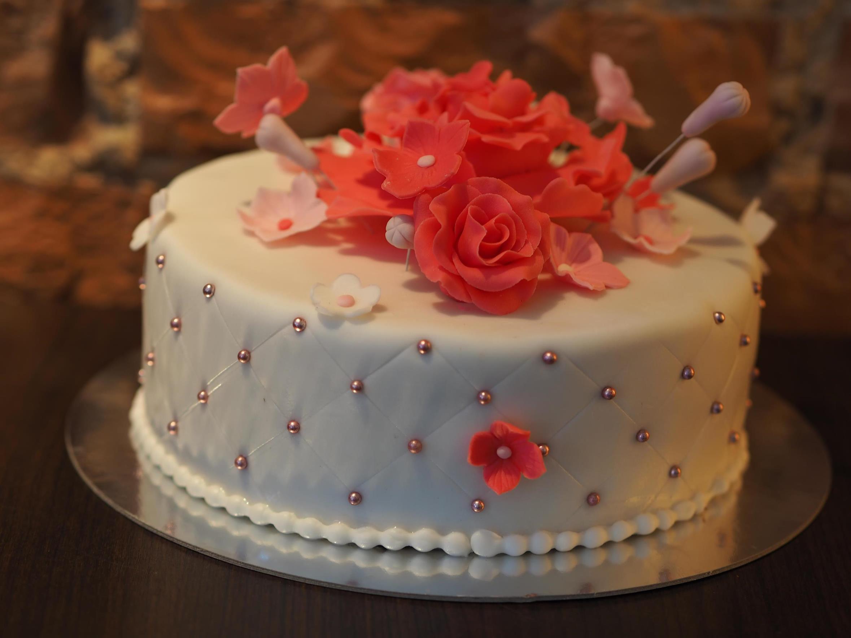 Hochzeitstorte Klein  Zuckero – Eis – Café – Torte Hochzeitstorten Zuckero