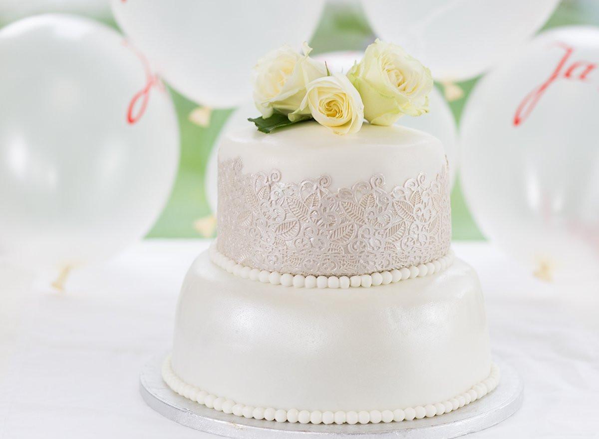 Hochzeitstorte Rezept  Fondant Torte Rezept einfache Hochzeitstorte A Matter