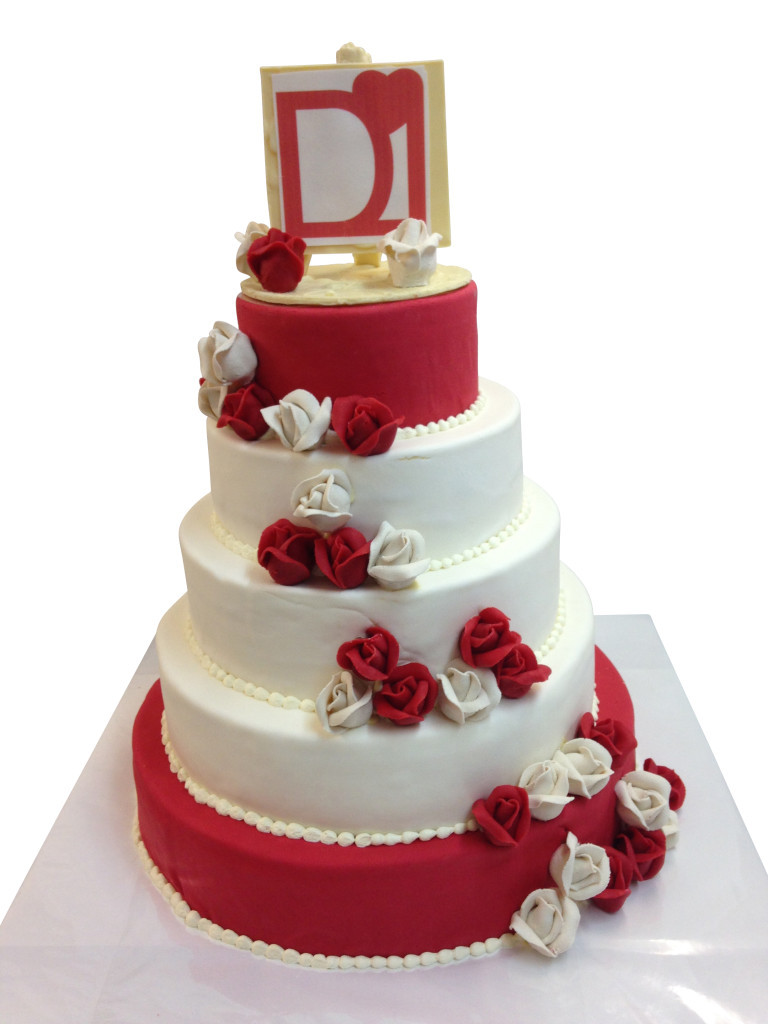 Hochzeitstorte Rot Weiß  Torte rot weiß Hochzeitstorten