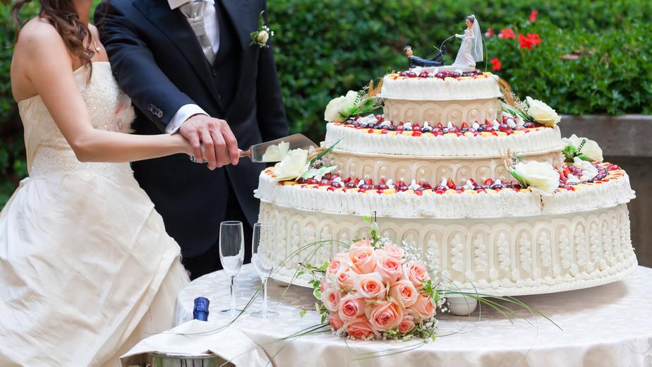 Hochzeitstorte Selber Backen Ohne Fondant  Hochzeitstorte selber backen