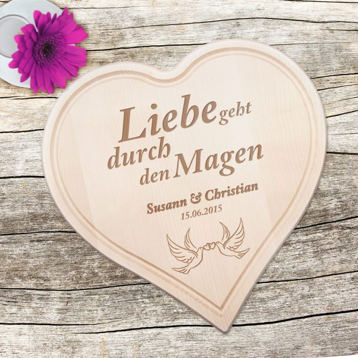 Holzherz Hochzeit  Holzherz zur Hochzeit mit Tauben und Liebesspruch