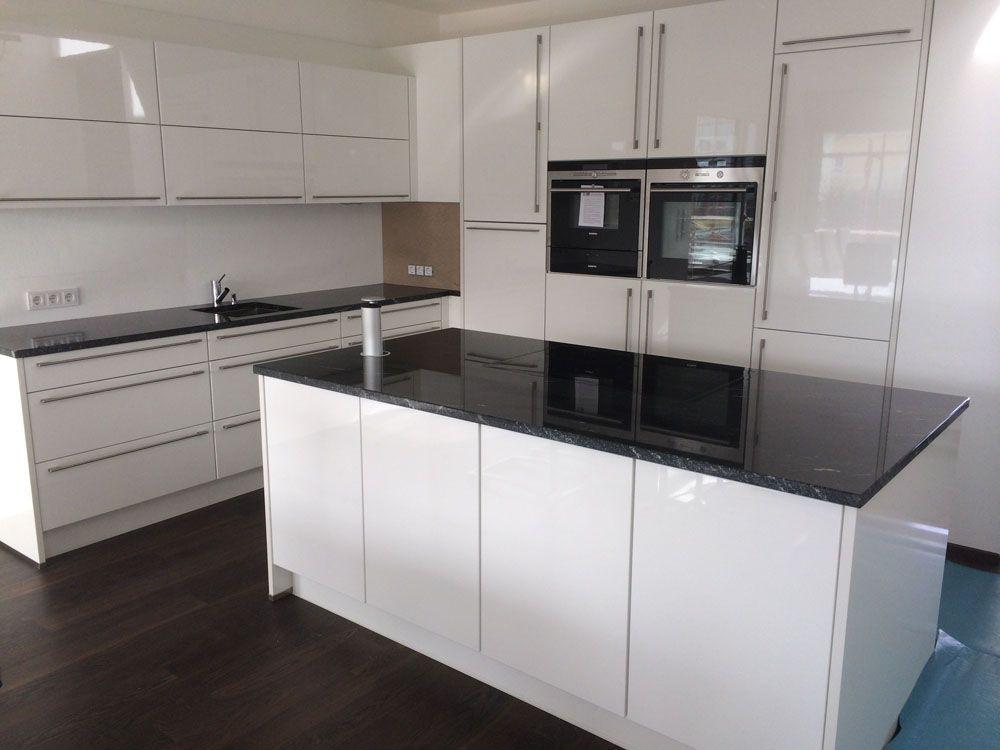 Ikea Küchen Fronten  Weiße Hochglanz Küche Lack hochglänzende Küchen Fronten
