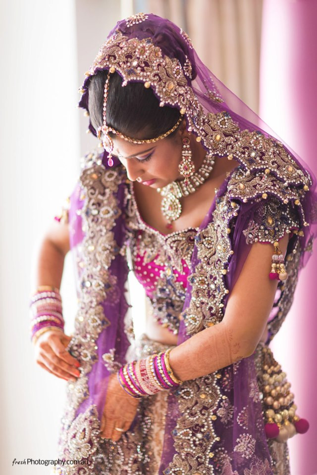 Indische Hochzeit Kleidung  Indische Braut Foto & Bild