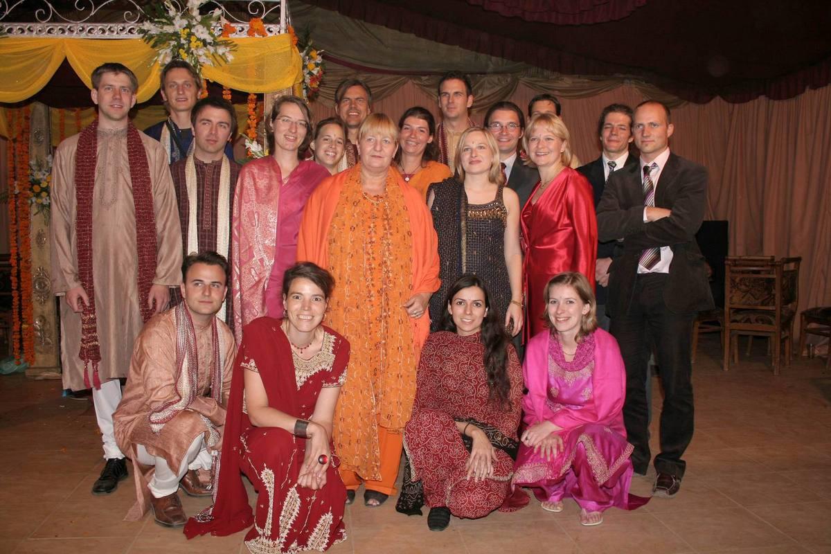 Indische Hochzeit Kleidung  Geniale Party ohne Alkohol eine indische Hochzeit