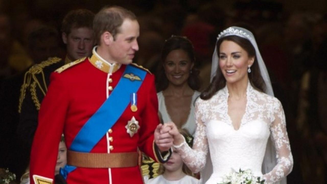 """Kate Und William Hochzeit  Bei ihrer Hochzeit William & Kate spielten """" on Fire"""