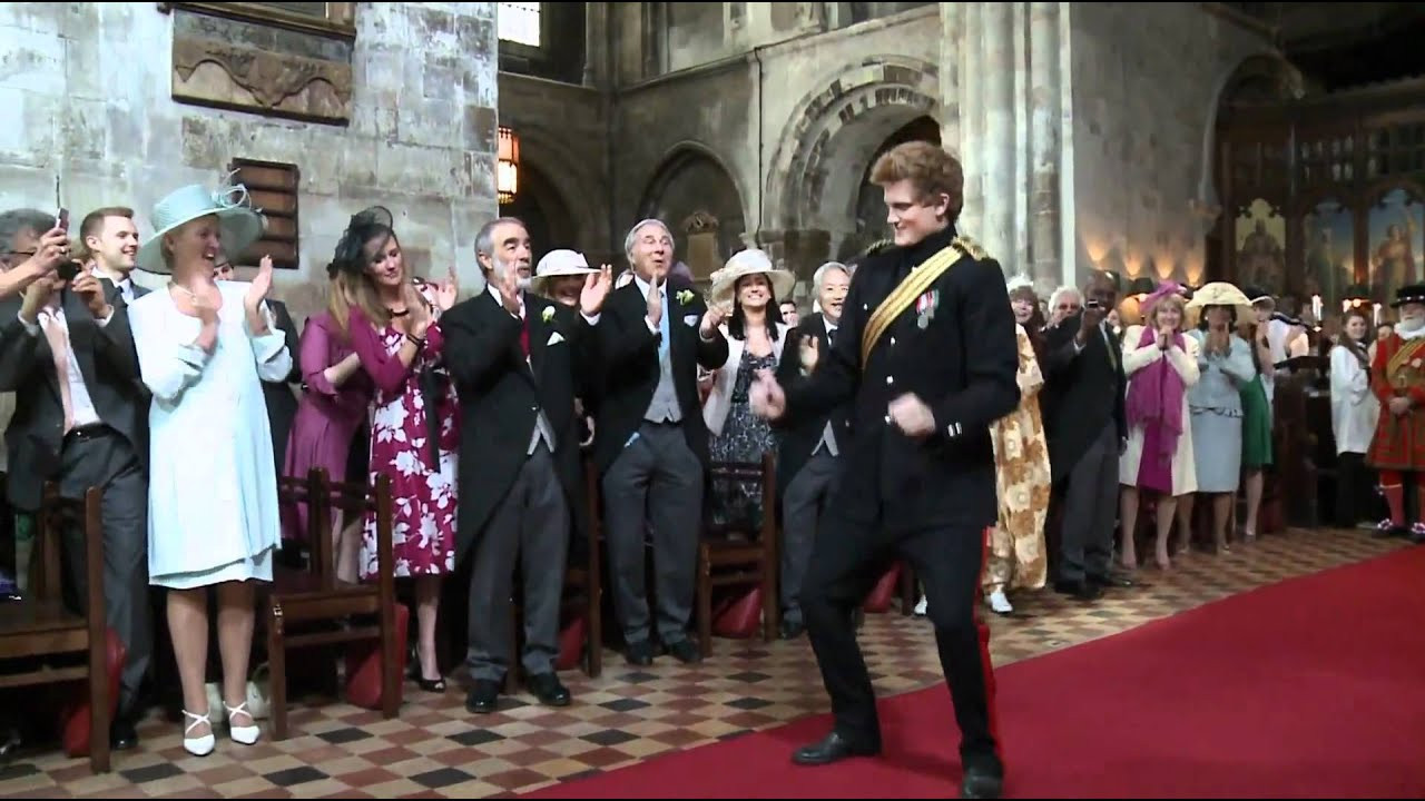 Kate Und William Hochzeit  Hochzeit Prinz William Kate tanzende Royals in Kirche T