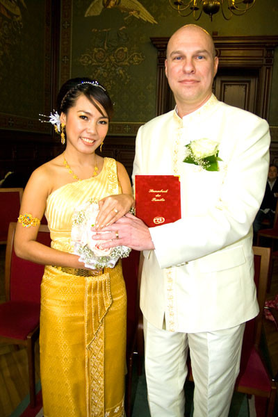 Kik Hochzeit  Reise zur Elefanteninsel FARANG Archiv 02 2010