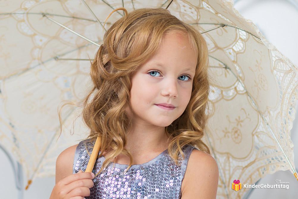 Kinder Haarschnitt Mädchen  Kinderfrisuren Mädchen für lange kurze und mittellange Haar
