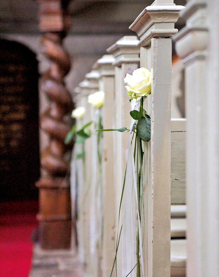 Kirchendeko Hochzeit  Hochzeitsdeko Kirche 65 zauberhafte Kirchendeko Ideen