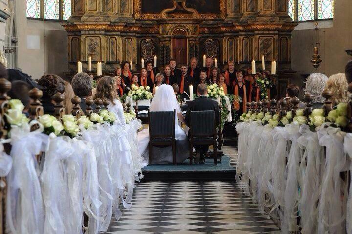 Kirchendeko Hochzeit  Blumen Sanders Hochzeit Kirchendeko