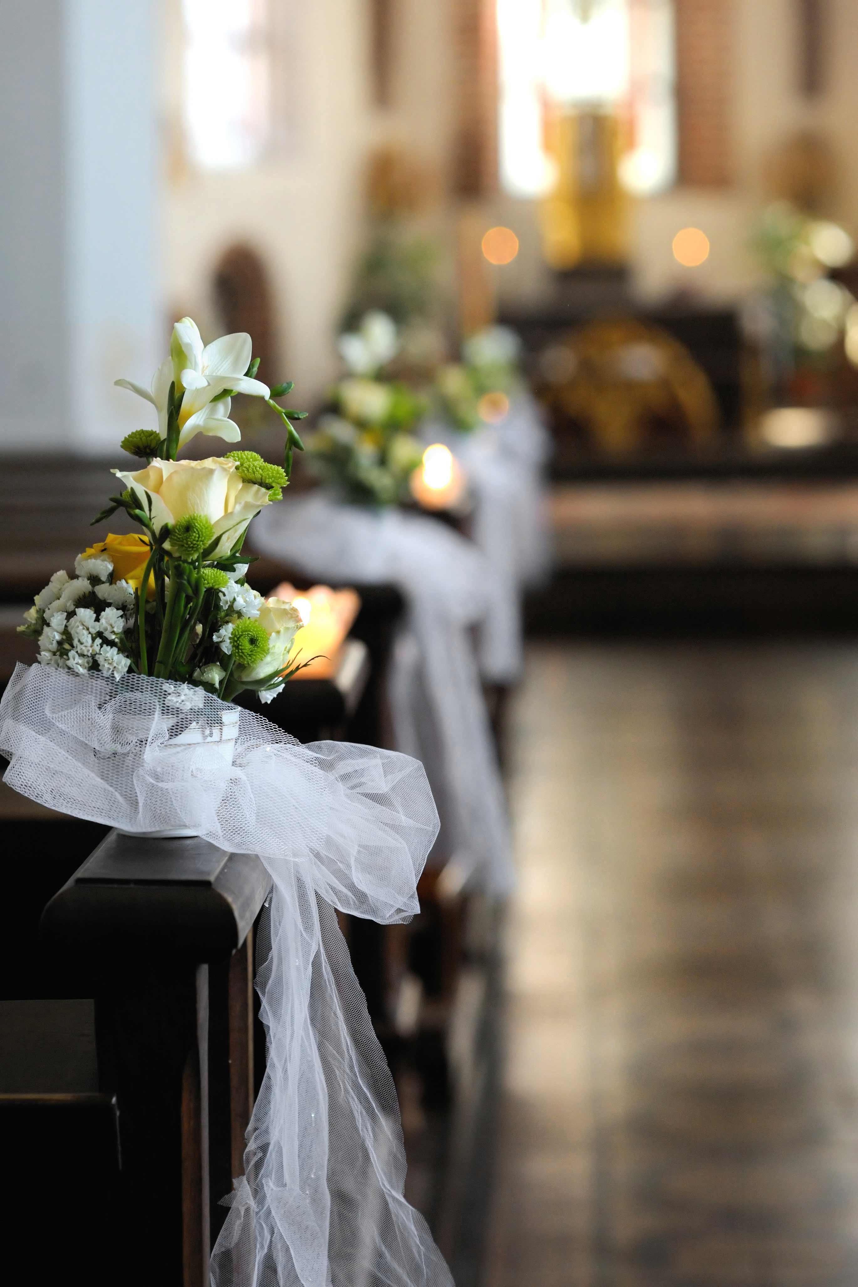 Kirchendeko Hochzeit  Hochzeit Kirchendeko Bildergalerie Hochzeitsportal24