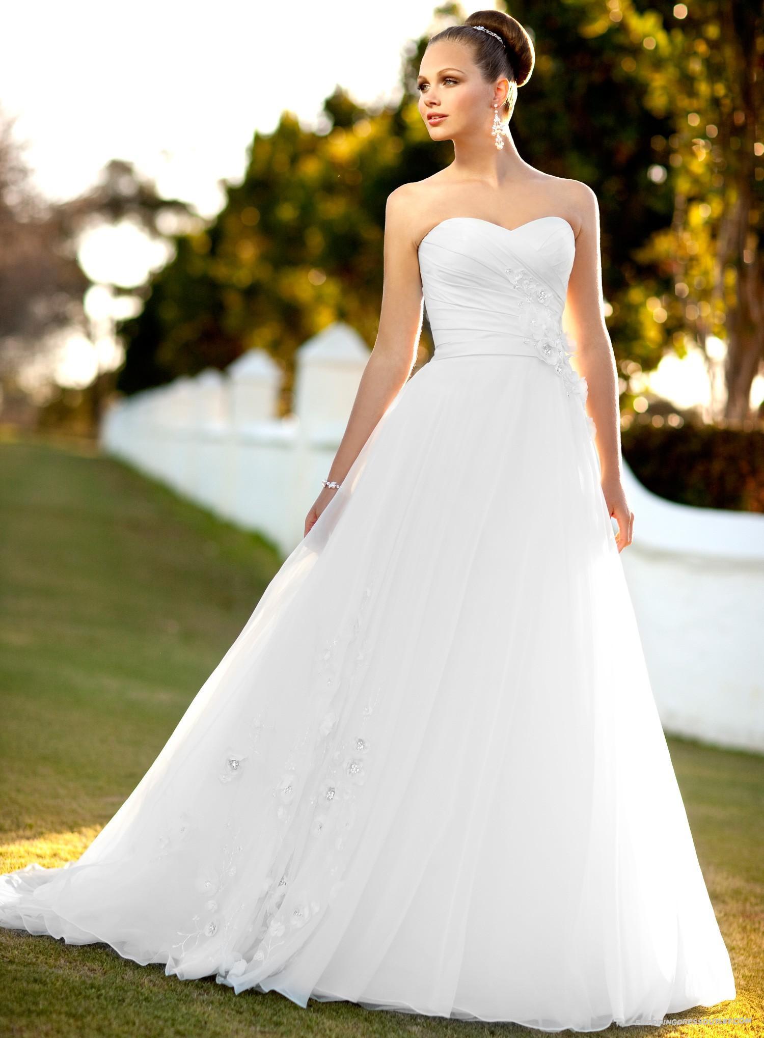Kleid Für Standesamtliche Hochzeit  Welches Kleid für standesamtliche Trauung Allmystery