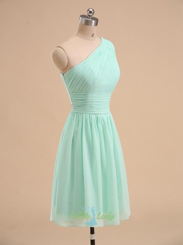 Kleid Mintgrün Hochzeit  Mintgrün ein Schulter Plissee kurze Brautjungfer Kleid mit