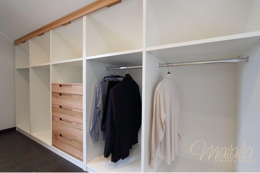 Kleiderschrank Dachschräge  Einbauschrank Dachschräge Schiebetüren Kleiderschrank
