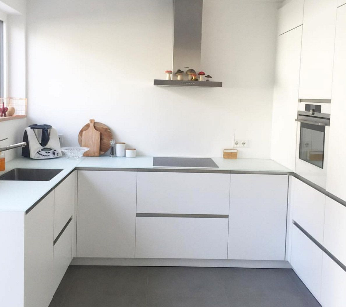 Küche Arbeitsplatte  weisse matte kueche weisse arbeitsplatte