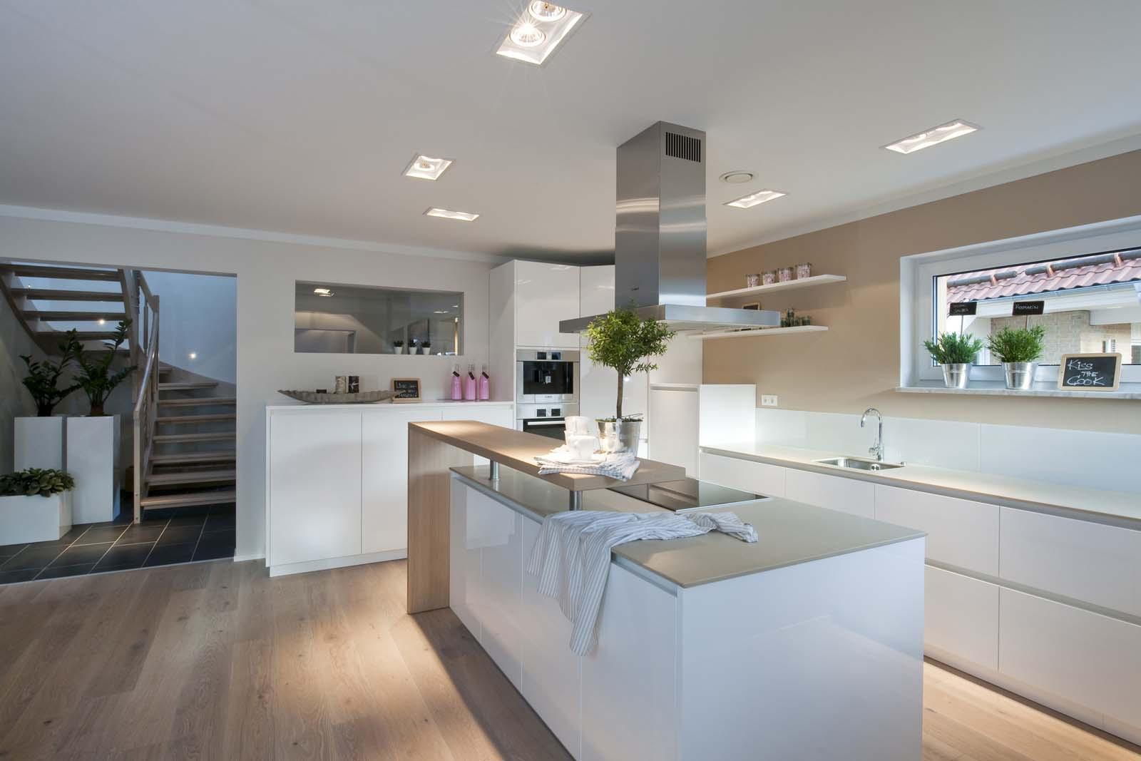 Küche Mit Kochinsel  Haus Haas MH Fellbach 163