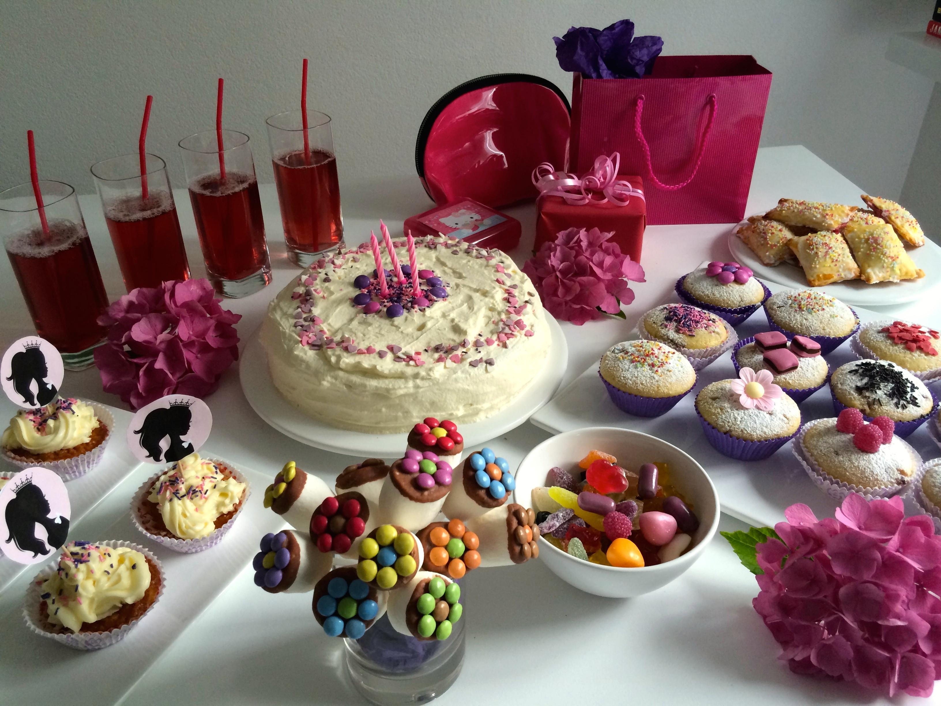 Kuchen Für Kindergeburtstag  Originelle Kuchen für den Kindergeburtstag