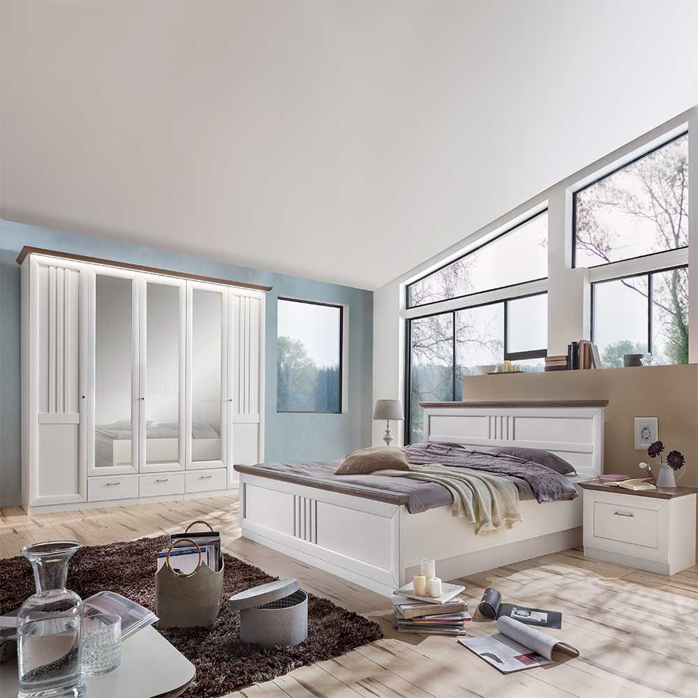 Landhaus Schlafzimmer  Landhaus Schlafzimmer Tiscoria in Weiß Grau